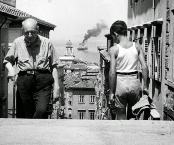 Umberto Saba climbing the steps of the via Ciamician in Trieste, 1953 (Montadori)