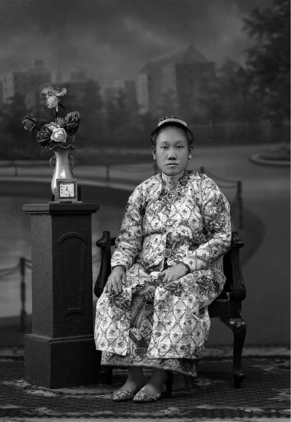 Liang Ewe, Phuket woman in Baba-Peranakan style clothing, no date given.